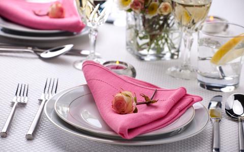 Come Si Prepara Il Tavolo Da Pranzo.Galateo Apparecchiare